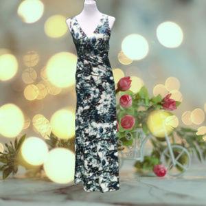 Maxi Dress Ruched V-Neck Sleeveless Waistband M/L